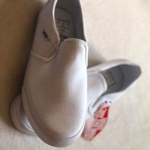 NEW - Vans Women's Asher Slip On Shoe (NWT)